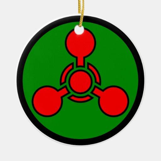 Símbolo da arma química - crânio & ossos de X Ornamento De Cerâmica Redondo