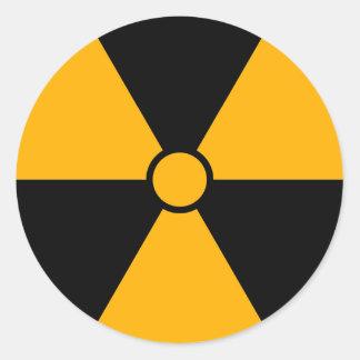 Símbolo da radiação adesivo redondo
