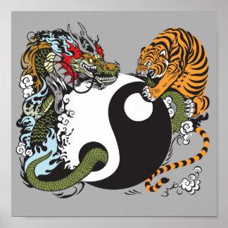 símbolo de yang do yin do dragão e do tigre poster