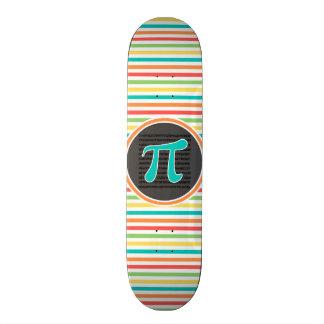 Símbolo do Pi listras brilhantes do arco-íris Skate Personalizado