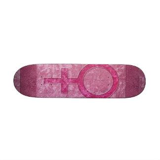 Símbolo fêmea cor-de-rosa skates
