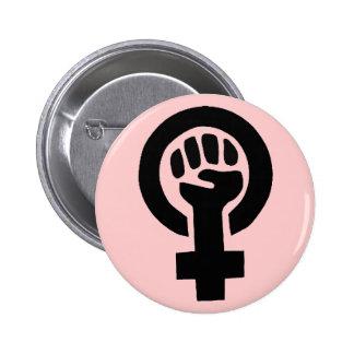 Símbolo feminista com fundo cor-de-rosa bóton redondo 5.08cm