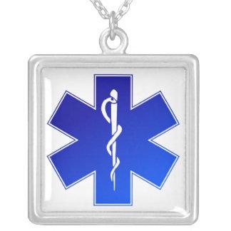 Símbolo médico do EMS Colar Com Pendente Quadrado