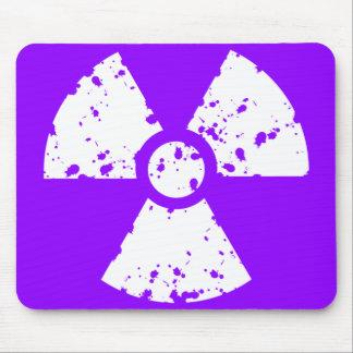 Símbolo radioativo roxo violeta mouse pad