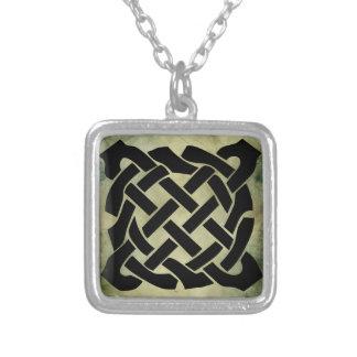 símbolo sagrado irlandês celta colar personalizado