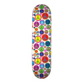 Símbolos de paz Groovy coloridos legal Shape De Skate 18,1cm