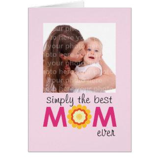 Simplesmente o melhor dia das mães do lilac do cartão comemorativo