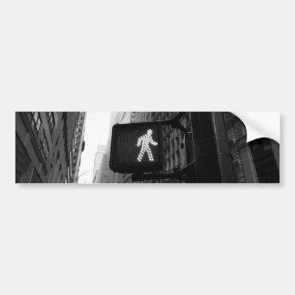 Sinal branco preto da caminhada da rua de New York Adesivo Para Carro