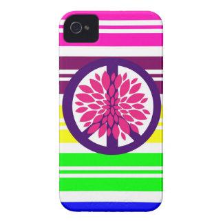 Sinal de paz de flower power do Hippie em listras Capa Para iPhone 4 Case-Mate