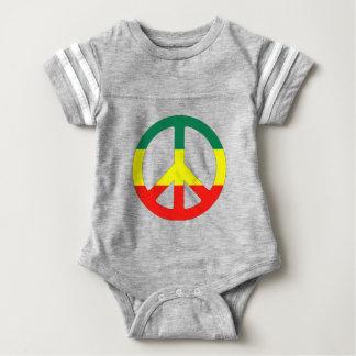sinal de paz do hippie com bandeira da reggae body para bebê