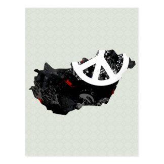 Sinal de paz na moda de Hungria com mapa húngaro Cartao Postal
