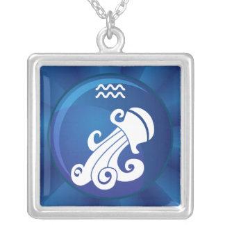 Sinal do zodíaco do Aquário Colar Banhado A Prata
