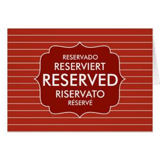 sinal reservado da mesa do restaurante cartões