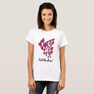 Sinta o t-shirt do design do rosa e do preto do camiseta