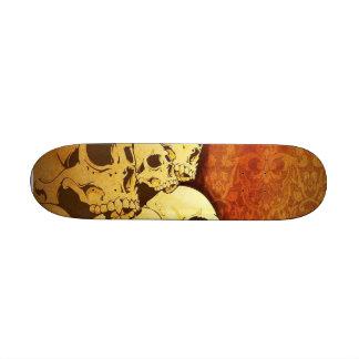 """Skate """"Caveiras"""""""