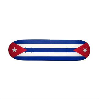 Skate com a bandeira de Cuba