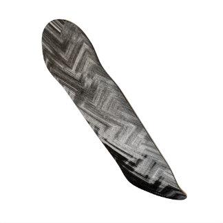 Skate de aço escovado pelo artista C.L. Brown