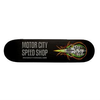Skate do Sparkplug da loja da velocidade da cidade