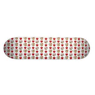 Skate floral do teste padrão do coração