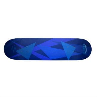 Skate furado Brattle azul elétrico