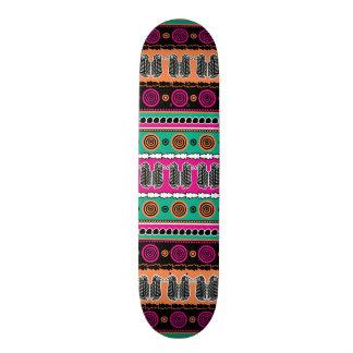 Skate listrado do marroquino asteca tribal