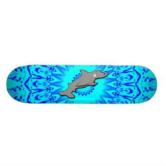 Skate mau do azul do tubarão