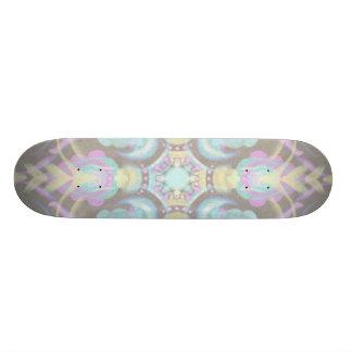 Skate Pastel na mandala concreta da rua (variação)