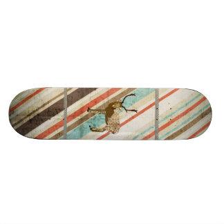 Skate retro das listras do fanfarrão de bronze