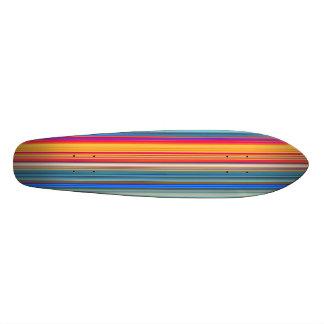 Skate Teste padrão listrado multicolorido