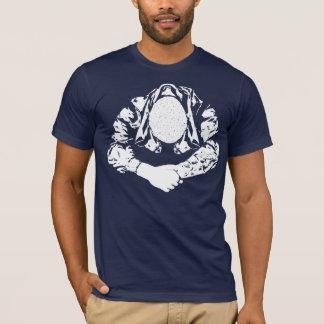 Skinhead, cheio t-shirts