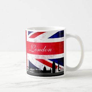 Skyline BRITÂNICA da cidade da bandeira de Londres Caneca De Café