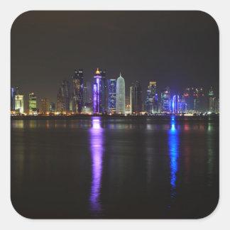 Skyline de Doha, Qatar na etiqueta da noite
