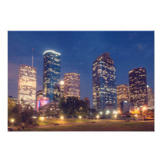 Skyline de Houston na noite Impressão De Fotos