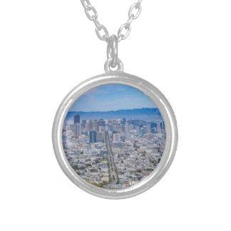 Skyline de San Francisco Colar Banhado A Prata