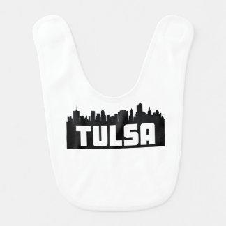 Skyline de Tulsa Oklahoma Babador Infantil
