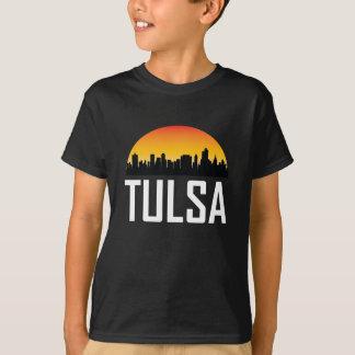Skyline do por do sol da APROVAÇÃO de Tulsa Camiseta