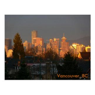 Skyline dourada, Vancôver BC Cartão Postal