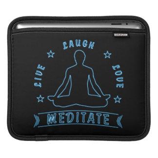 Sleeve Para iPad O amor vivo do riso Meditate o texto masculino (o