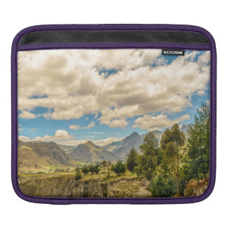Sleeve Para iPad Vale e montanhas Latacunga Equador da escala de