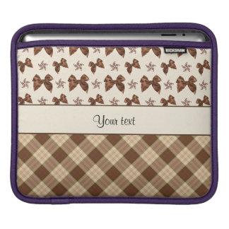 Sleeve Para iPad Verificações de Brown & arcos bonitos