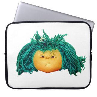 Sleeve Para Laptop Boneca irritada
