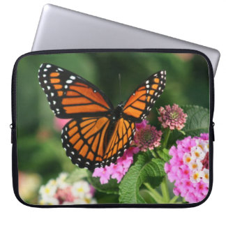 Sleeve Para Laptop Borboleta bonita na flor do Lantana