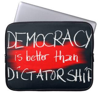 Sleeve Para Laptop Ditadura da democracia v