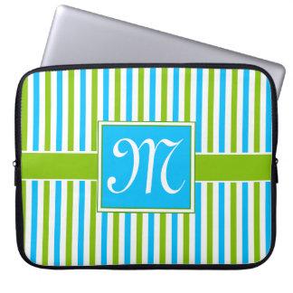 Sleeve Para Laptop Monograma azul e verde colorido do teste padrão da