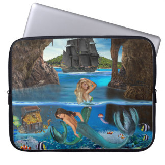 SLEEVE PARA LAPTOP SEREIAS DA CAVERNA DO PIRATA