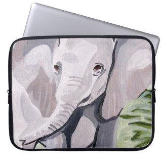 Sleeve Para Laptop Tendo um elefante do bebê da pá (arte de
