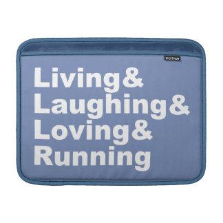 Sleeve Para MacBook Air Living&Laughing&Loving&RUNNING (branco)