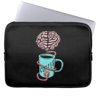 Sleeve Para Notebook Café para o cérebro. Ilustração engraçada do café