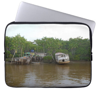 Sleeve Para Notebook Casas do Stilt no Rio Amazonas