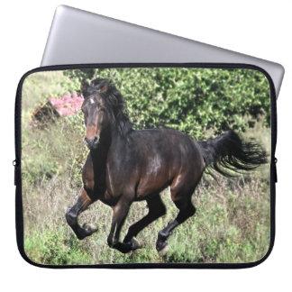 Sleeve Para Notebook Cavalo de galope da castanha